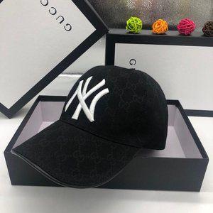 Gucci NY Cap Hat Canvas